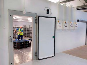 Cámaras frigoríficas en Soria camaras-frigorificas02-300x225